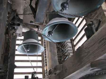 Australian ringing installations