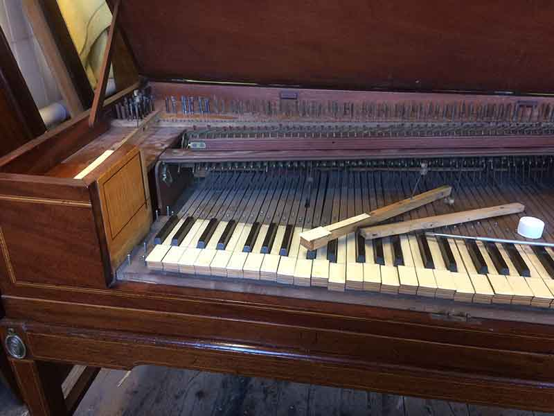 piano-tuning-and-restoration